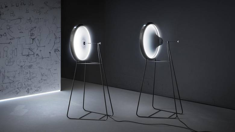 black-hole-lamp-by-dario-narvaez-and-anthony-baxter-curveid