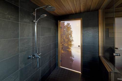 Dip-Tech-Shower-in-Finland