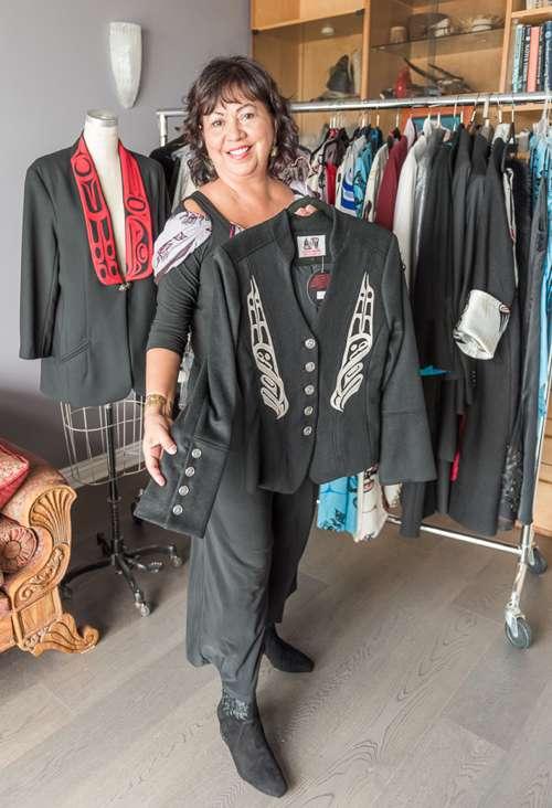 The Haida Spirit Of Creativity Is At The Heart Of Fashion Designer Dorothy Grant S Tsawwassen Home Laura Goldstein Professional Writer