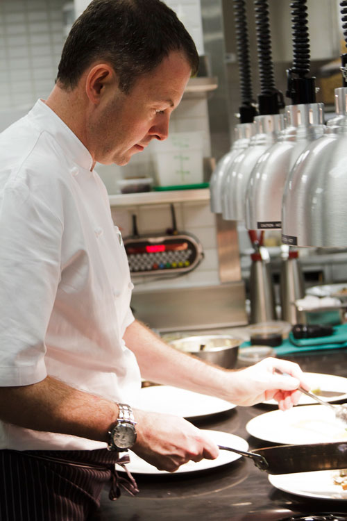 Hawksworth-Restaurant_David-Hawksworth_Kitchen