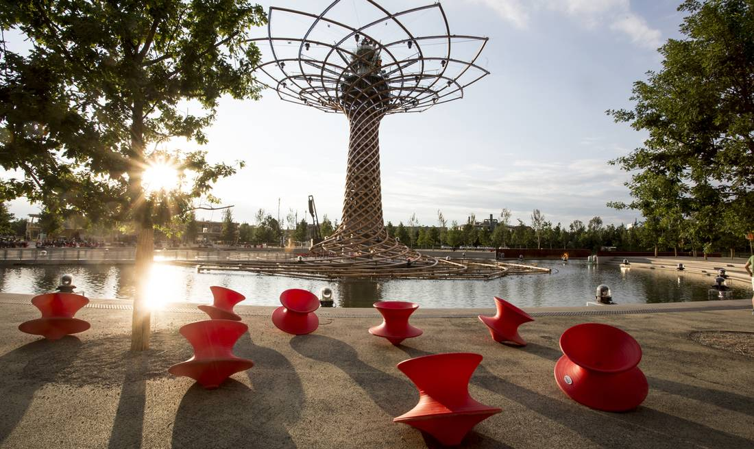Spun by Thomas Heatherwick for Magis.